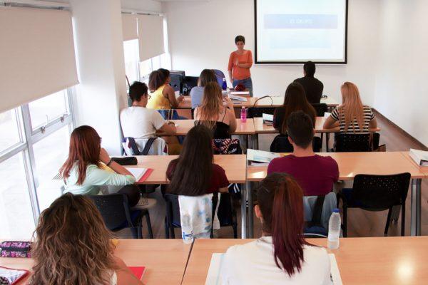 Aulas y espacios formativos en Alicante